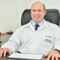 Dr. Cleberton Teixeira Bettanin